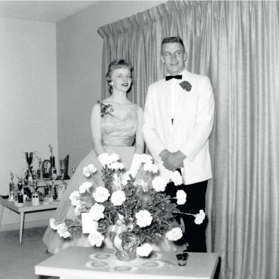 Lynne and Dick Cheney dressed for the Natrona County High School prom, 1959. Ê
